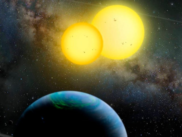 Ilustrasi exoplanet Kepler-35b yang mengitari bintang ganda. Kredit: Lynette Cook / extrasolar.spaceart.org