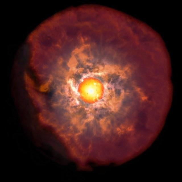 Ilustrasi bintang maharaksasa merah yang dikelilingi selubung debu. Kredit: NAOJ