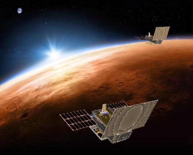 Ilustrasi Mars Cube One (MarCO A dan B) yang bertugas meneruskan informasi dari InSight. Kredit: NASA/JPL-Caltech