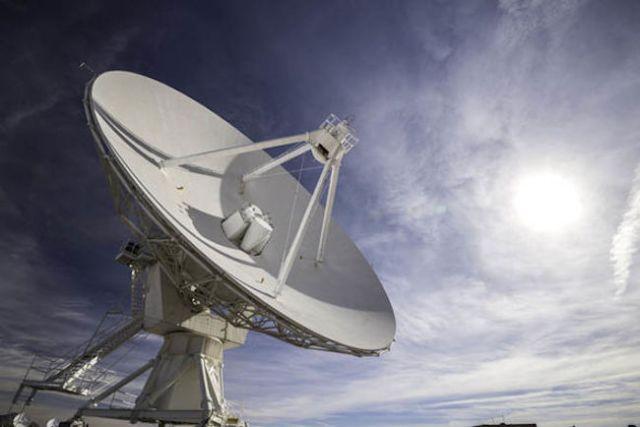 Teleskop radio untuk mencari sinyal kehidupan cerdas. Kredit: GETTY