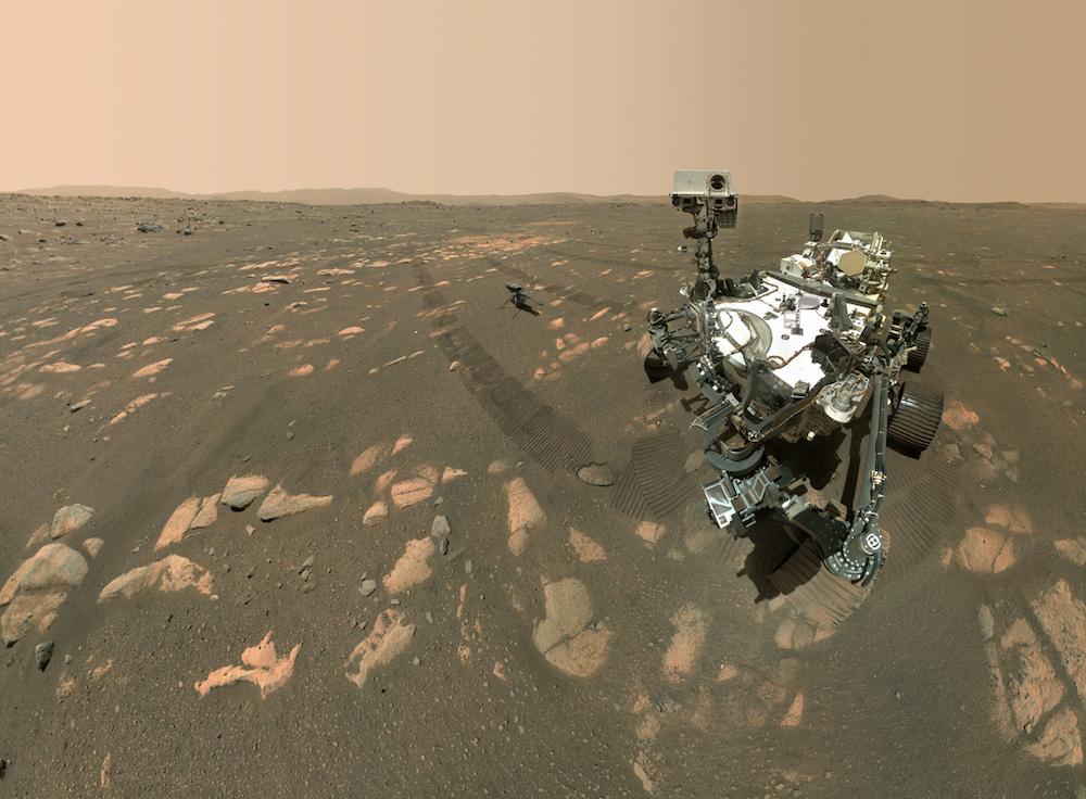Swafoto Perseverance dan Ingenuity dari Mars. Kredit: NASA/JPL-Caltech/MSSS