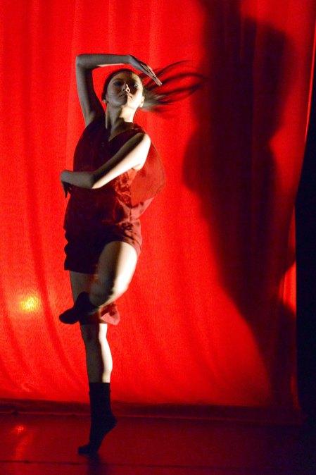 "Suzie Lim in ""RED"", Damansara Performing Arts Centre (DPAC), 20 November 2014. Photo © Vivian Lo"