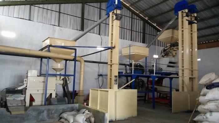 Bisnis alat penggiling padi