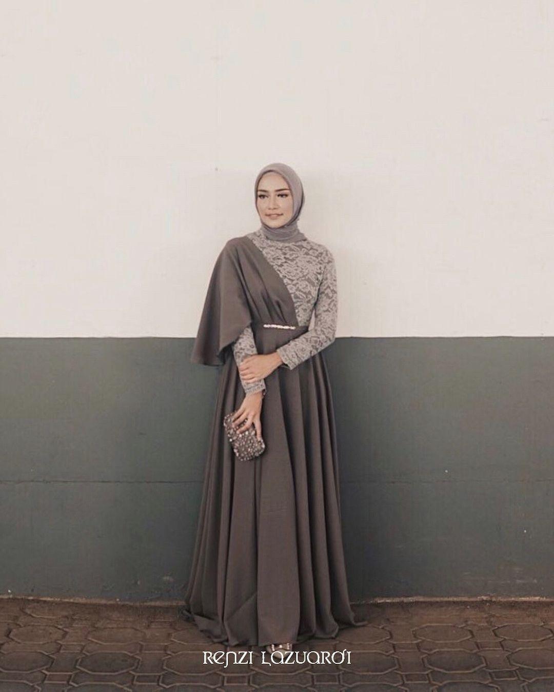baju kondangan simple hijab dengan model maxi dress