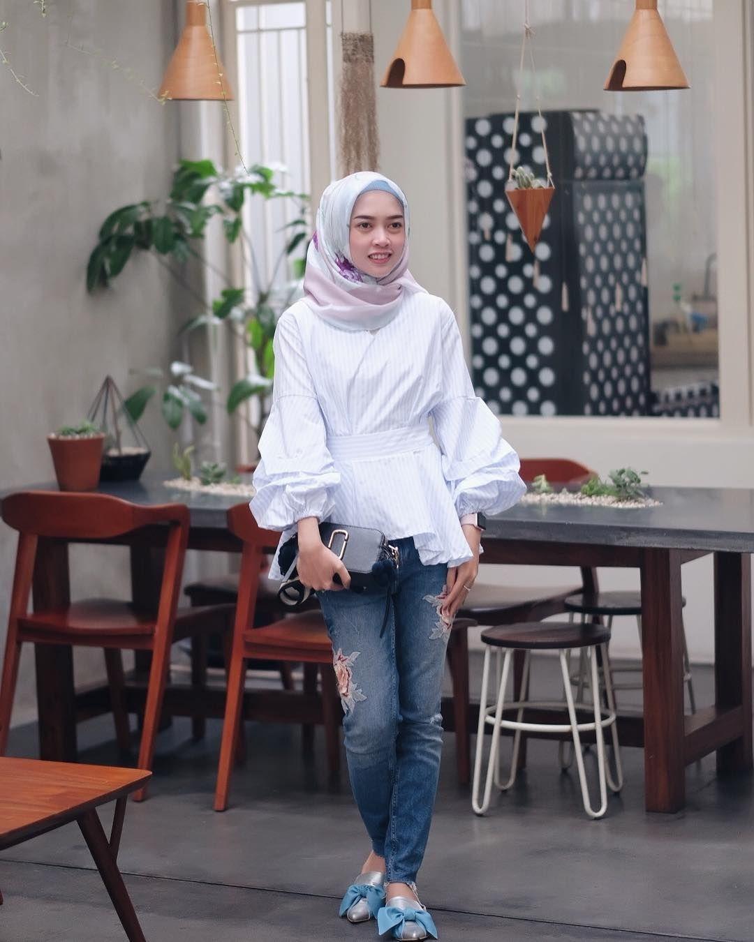 baju setelan celana hijab dengan gaya santai