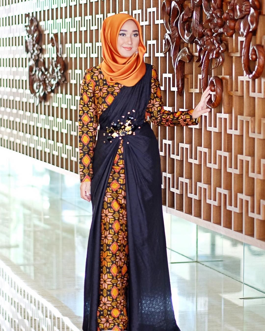 Batik kombinasi brukat