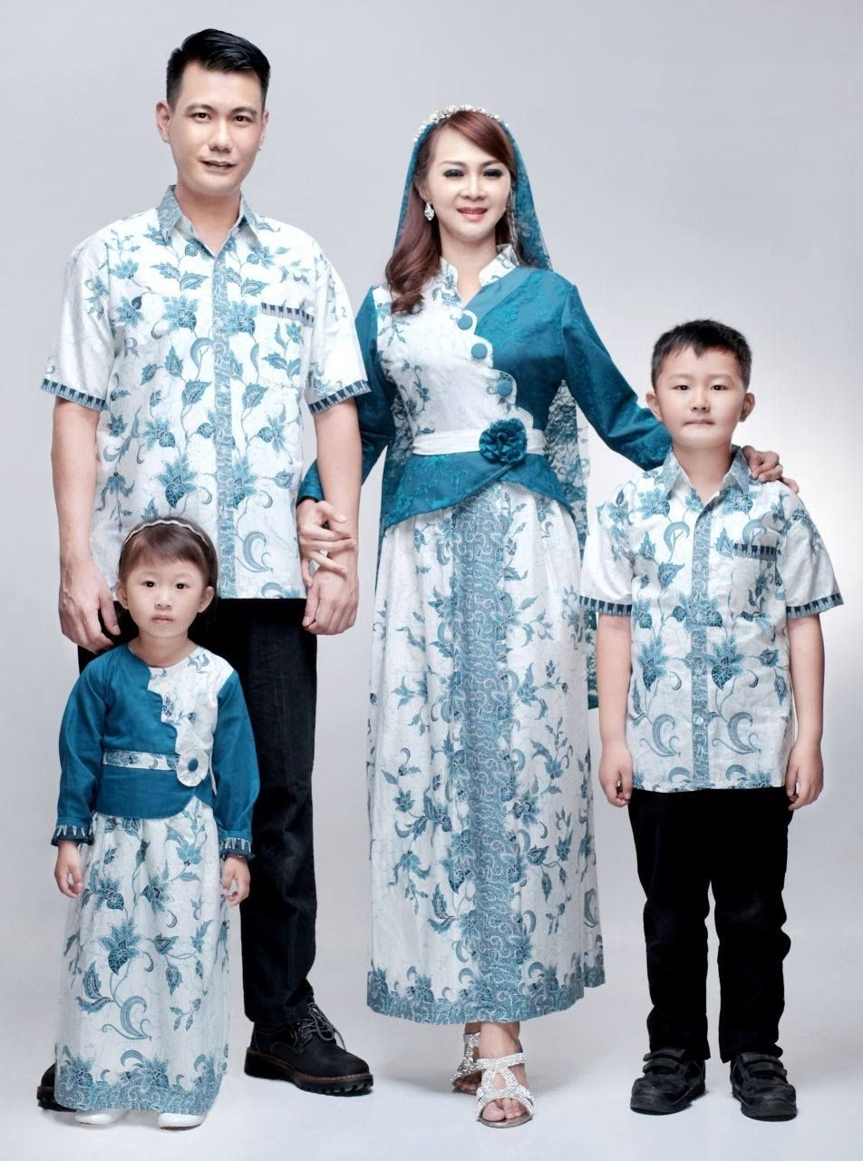 Gamis sarimbit keluarga