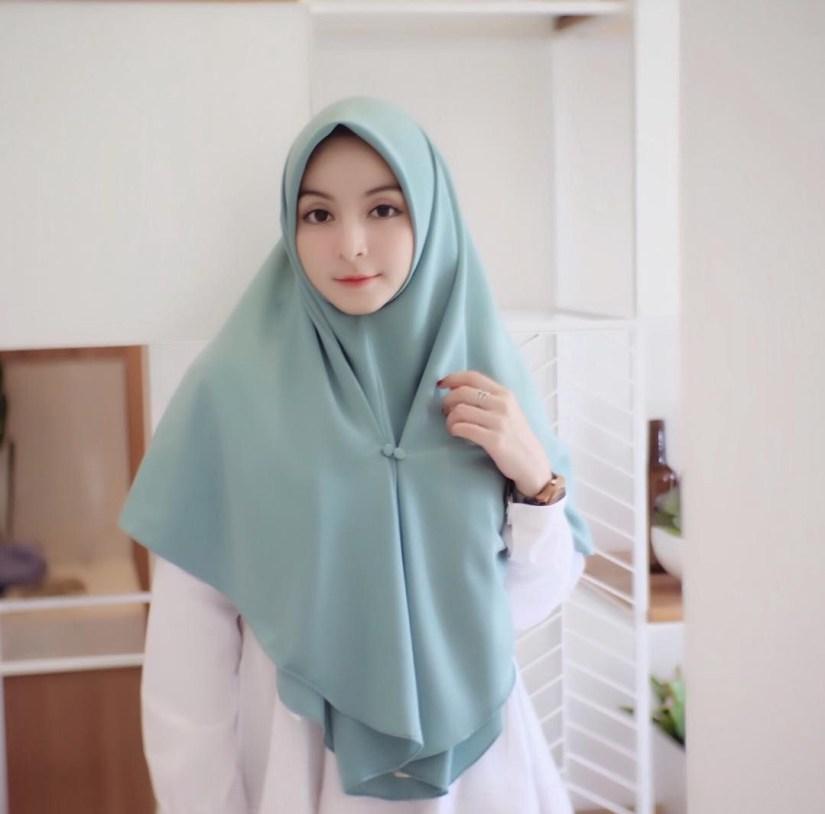 Hijab syar'i tutorial untuk gaya santai