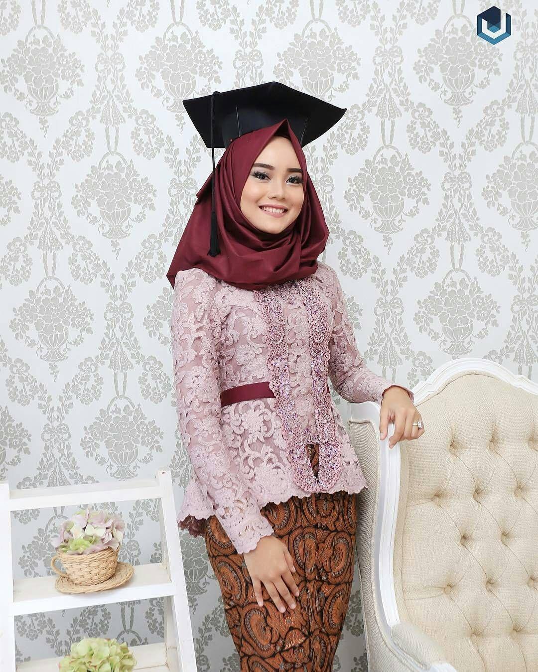 kebaya wisuda modern hijab dengan kutu baru