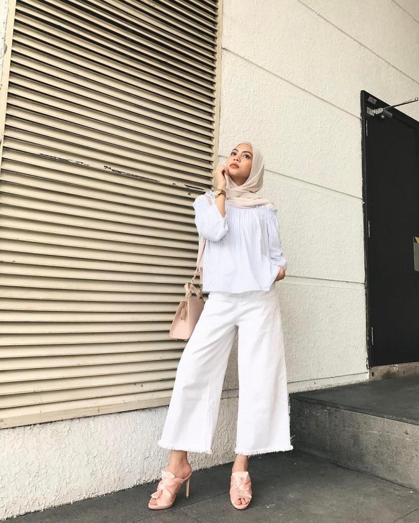 Style baju hijab simple dengan gaya chic