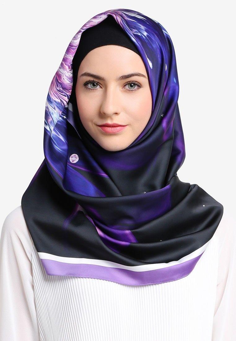 tutorial hijab pashmina satin yang bermotif