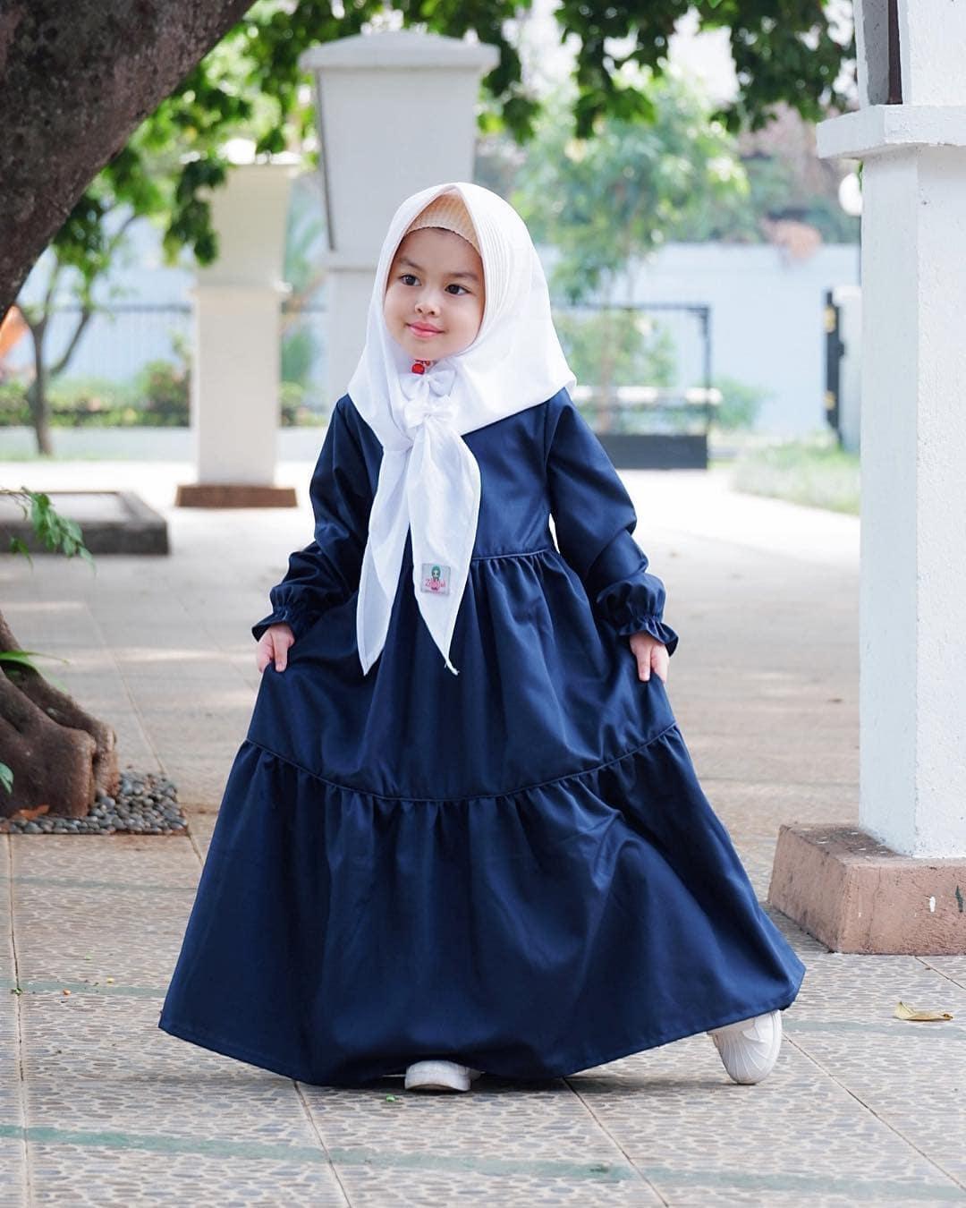 model gamis anak lengan terompet ragam muslim
