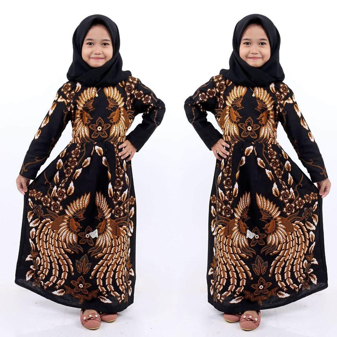 model gamis batik anak kombinasi polos terbaik 2020