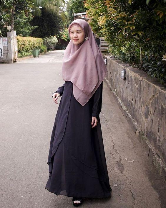 9 ide ootd syari dari para hijabers cantik mengawali
