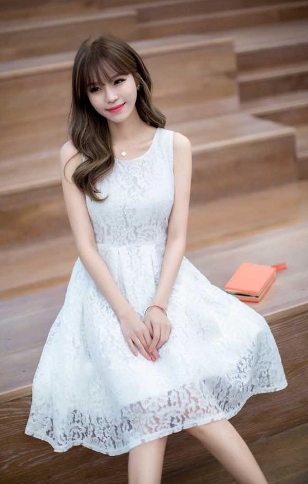 dress tutu brokat simple warna putih 39a05
