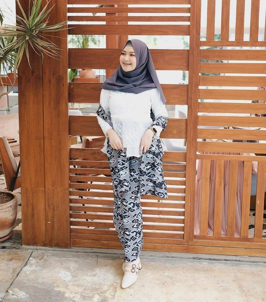 hijab ootd kondangan casual hijab converse