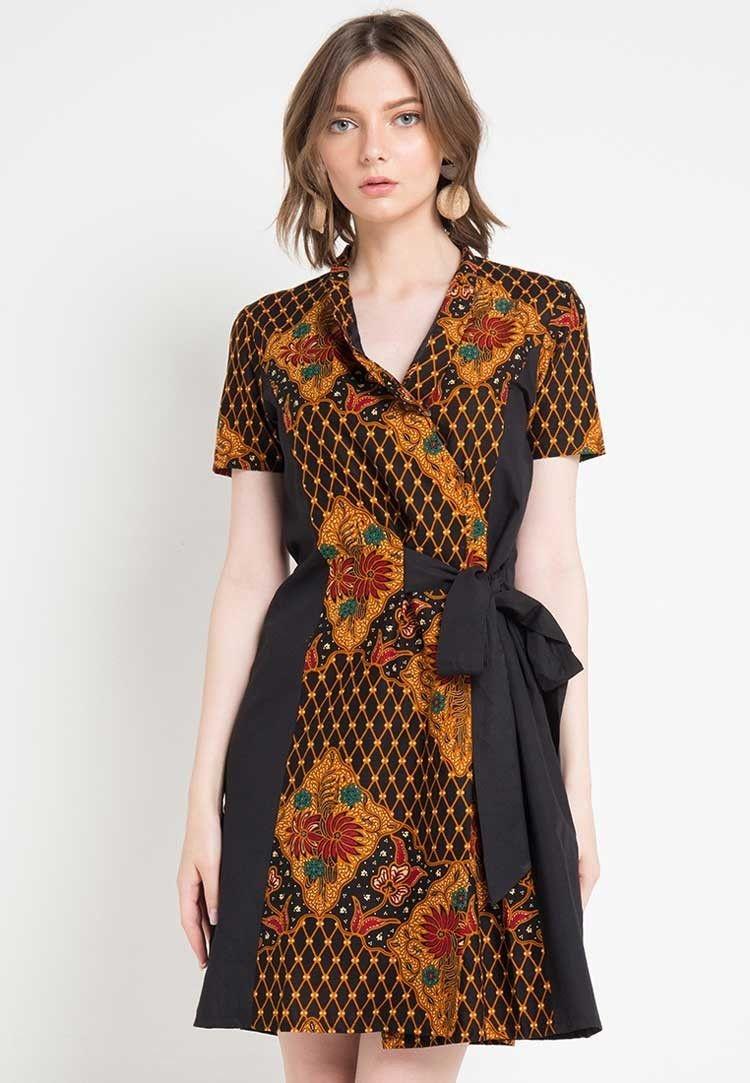 inspirasi model baju batik kantor wanita terbaru yuk