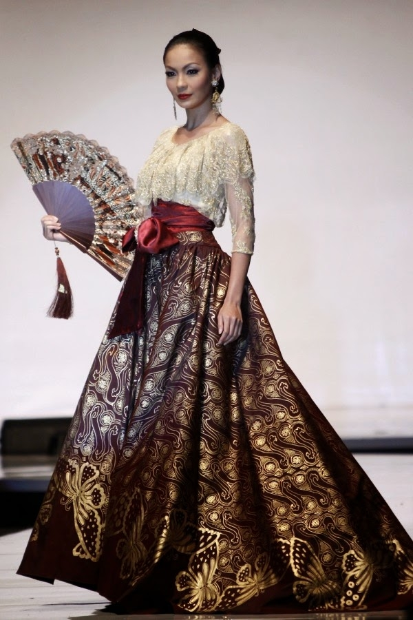 kumpulan desain model gaun kebaya panjang