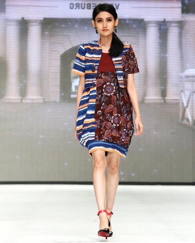 model baju batik wanita modern terbaru batik tulis