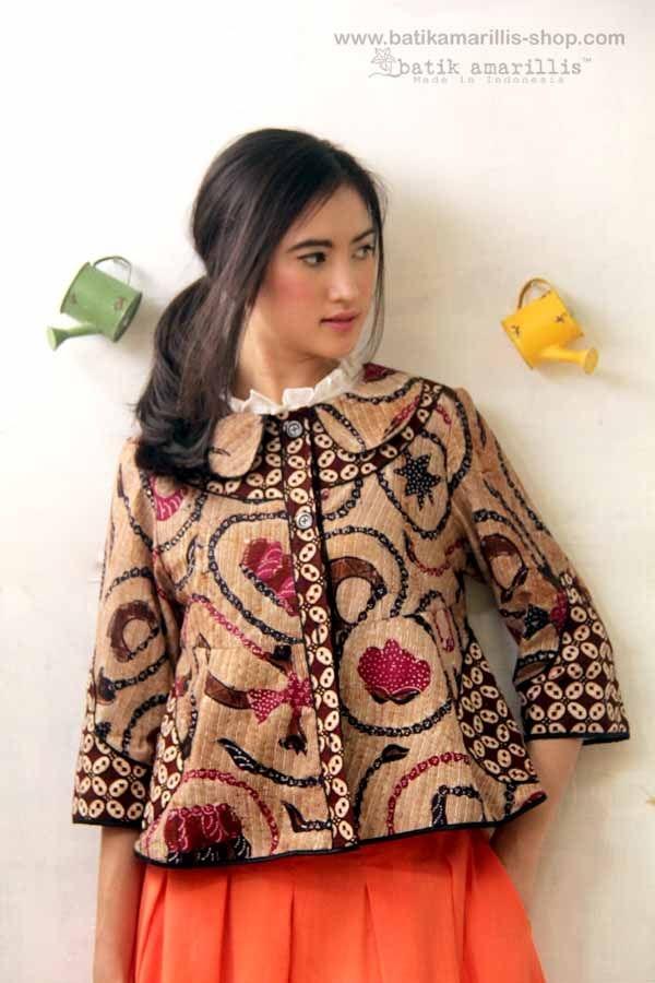 model dan varian baju batik modern untuk wanita 1