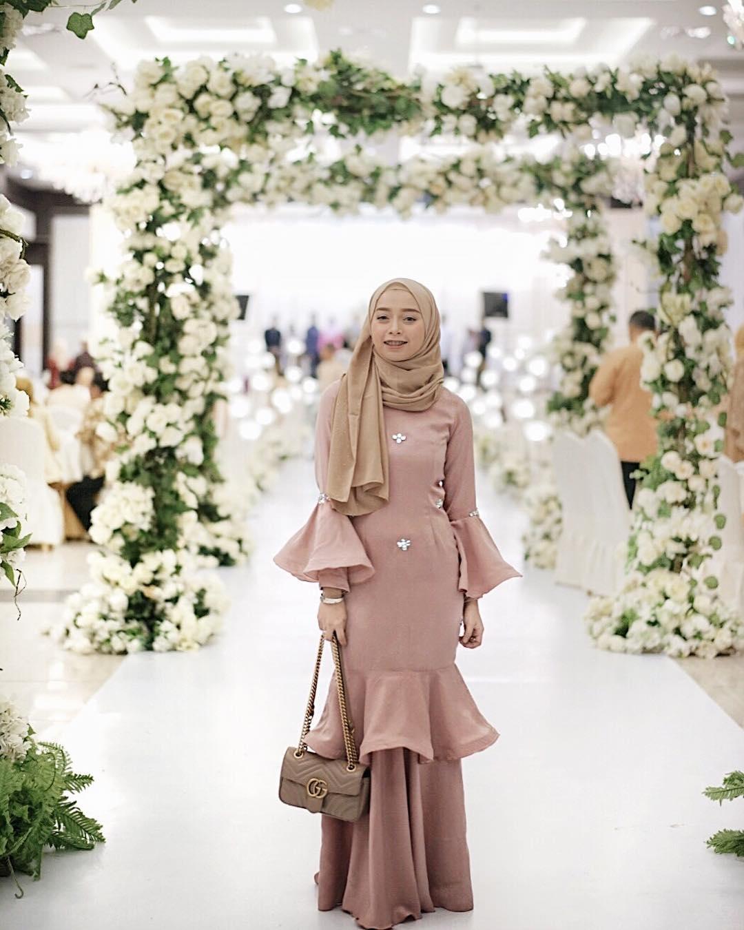ootd hijab kondangan remaja katalog busana muslim