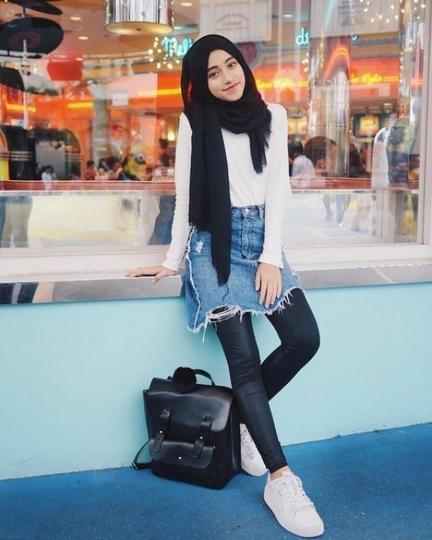 casual ootd hijab simple untuk hangout jilbab voal