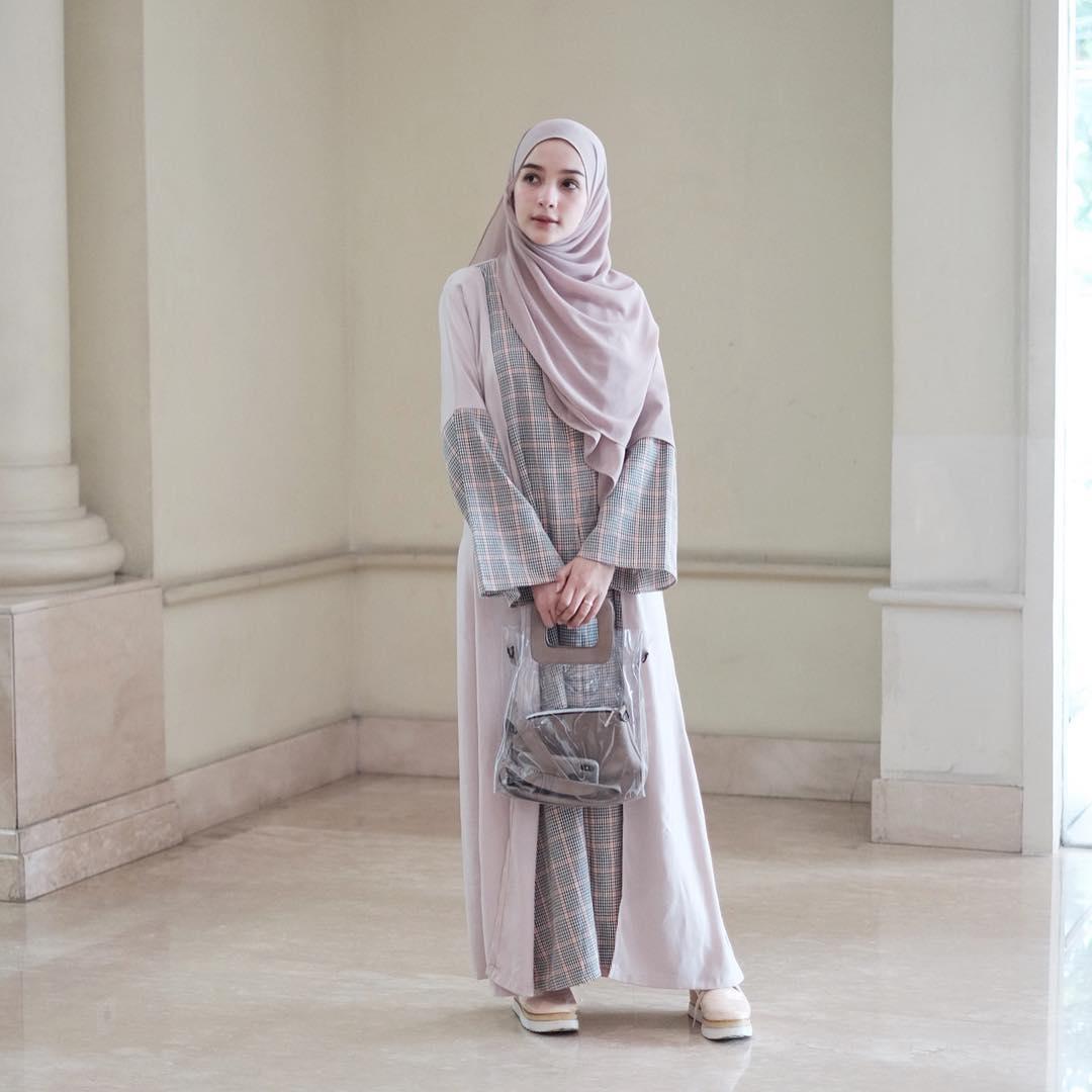 gaya hijabers hamidah rachmayanti cantik kekinian modis