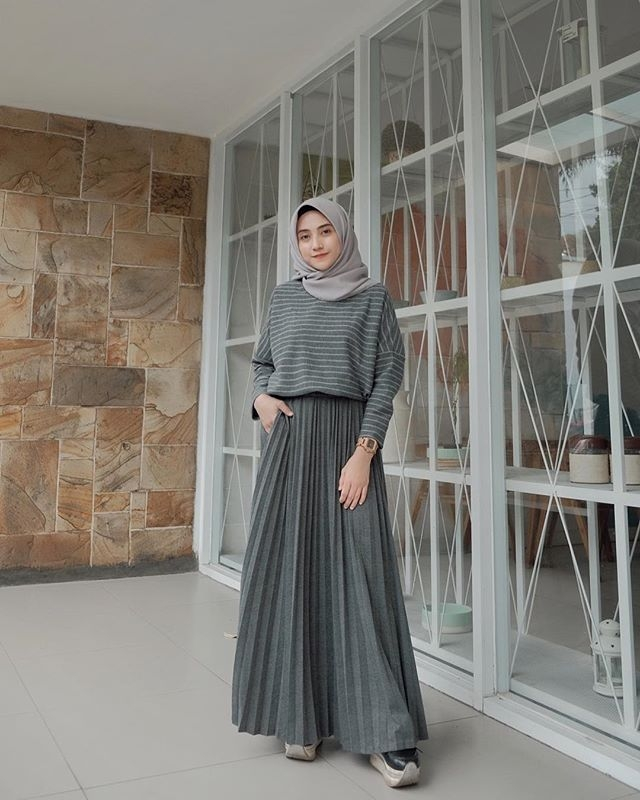 pin oleh pancake chan di hijabi fashion and style gaya