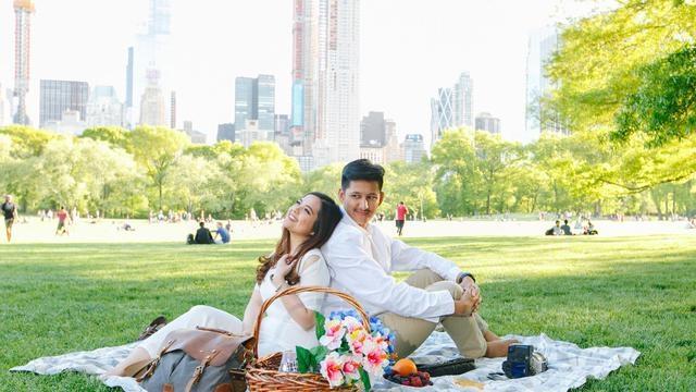 top 3 hari ini gaya kasual romantis foto prewedding tasya