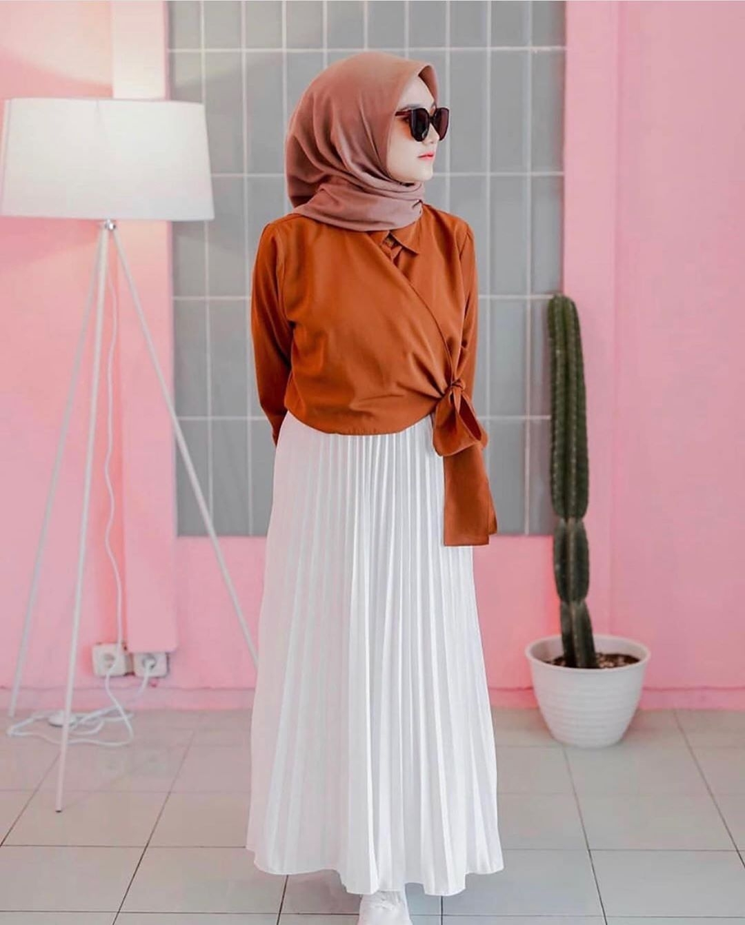 warna baru masya allah warna white rok plisket akhirnya