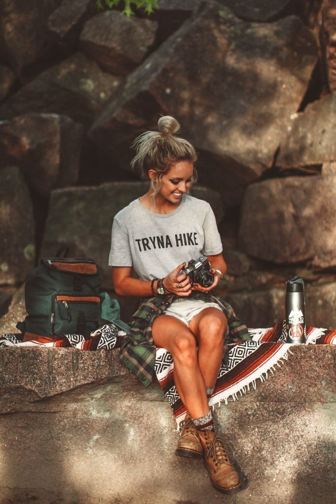 hiking outfit hiking boots shorts tee casual summer