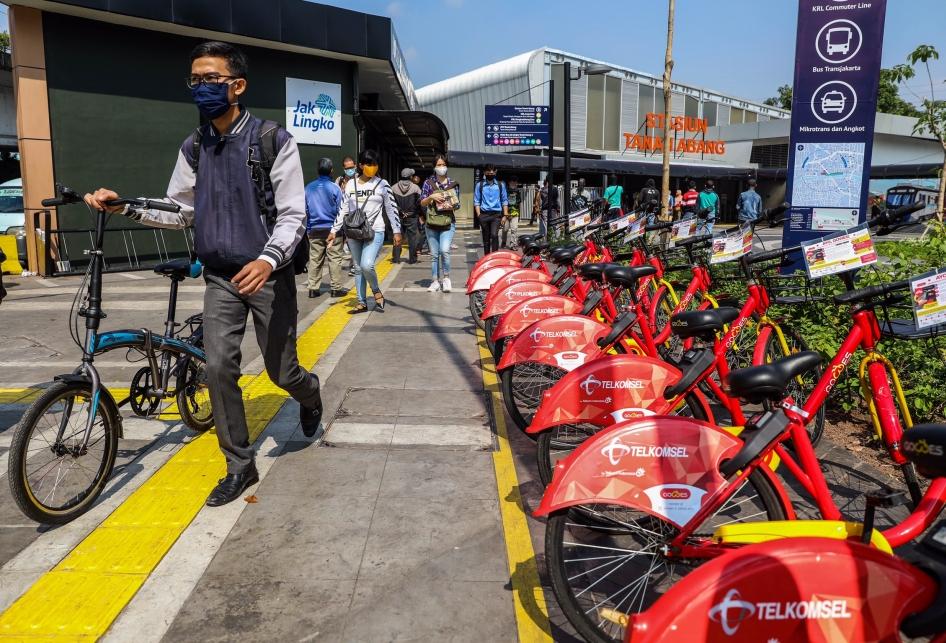 melihat layanan bike sharing di jakarta