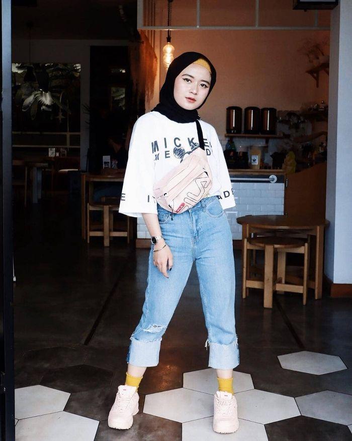 ootd hijab crop tee galeri mukena terbaru