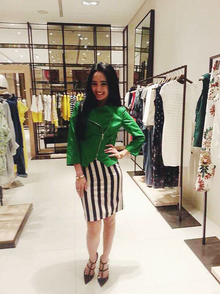 the stylish fennywijaya15 stopped at our boutique