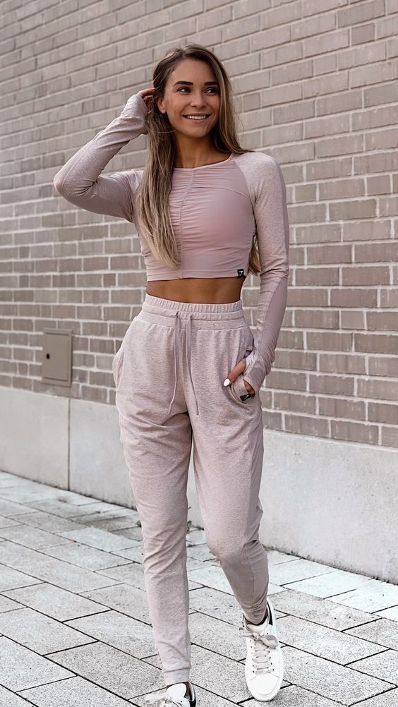 34 gym outfits to crush your next training session visit