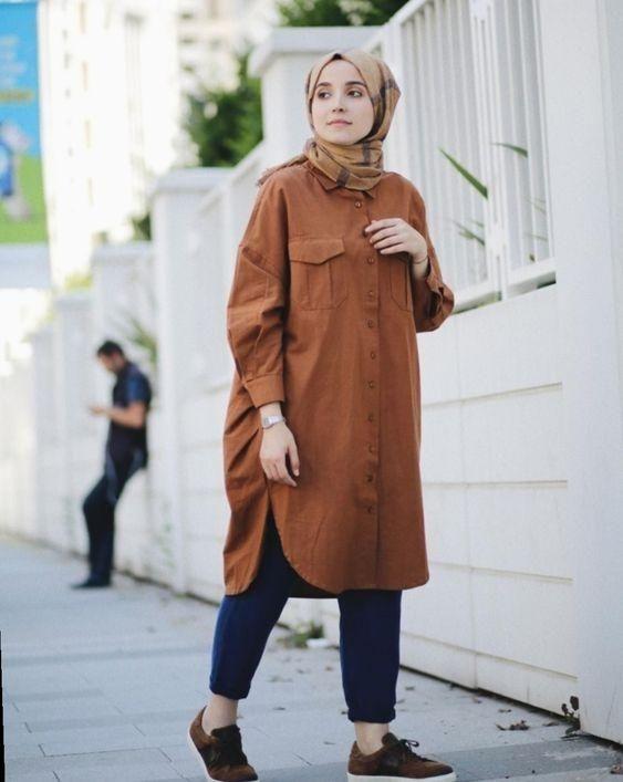 9 hijabers ini tampil kekinian tapi sopan dengan tunik