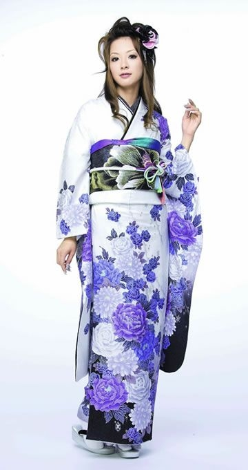 furisode long sleeves with floral print traditional