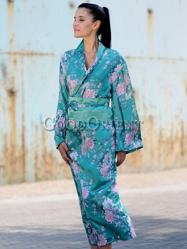 green japanese style kimono with images style kimono