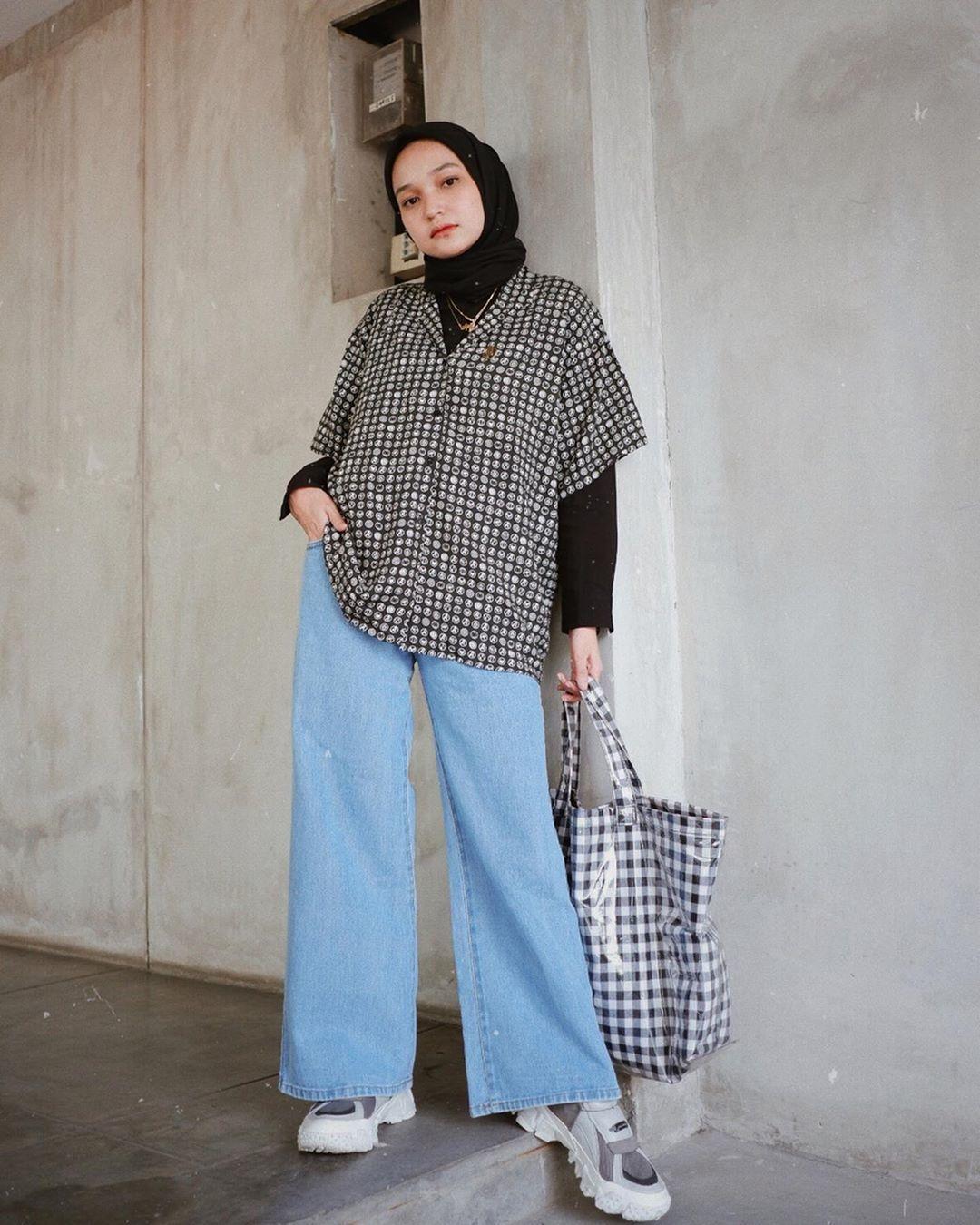 tips kenakan celana jeans saat berhijab