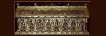 1000 – Apertura del sarcofago di Carlomagno