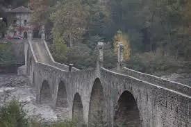 Bobbio in Val Trebbia, il ponte del Diavolo.