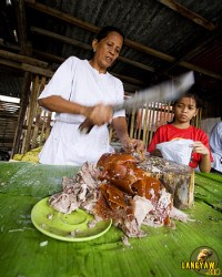 """Lechon seller in the former """"Yaro"""" where Cebu's best lechon can be found during weekends"""