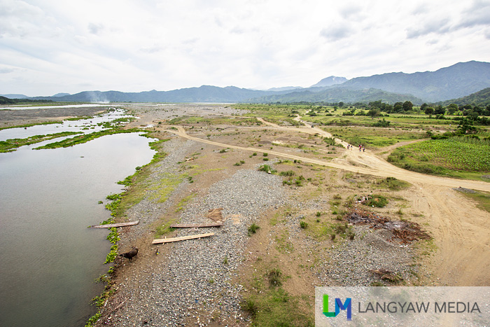 Its a stunning spread of the Abra River, valley and the mountains beyond