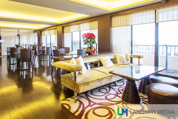 Club Millesime Lounge is exclusive for guests staying at the 10th floor that affords privacy