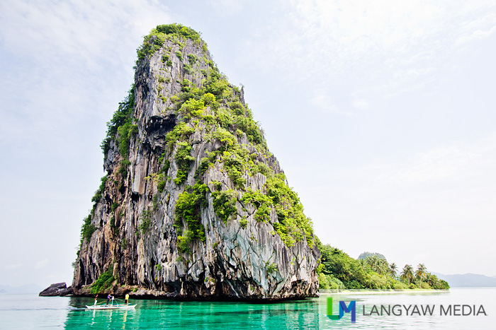 One of the spectacular island monoliths of El Nido