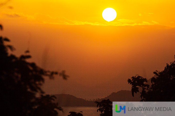 Corregidor sunrise at the tailside of the island