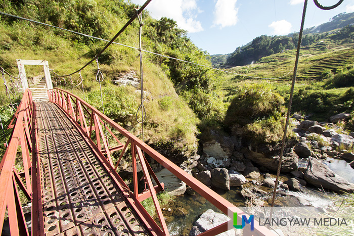 Hanging bridge over the bridge