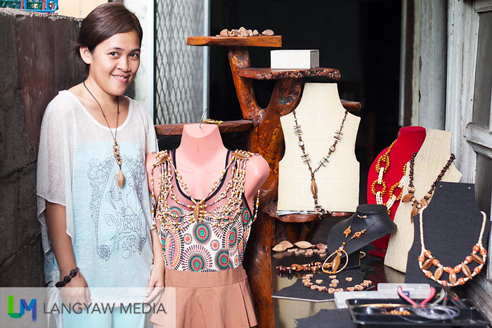 Roxannie Joy Mratinez-Simo, the owner and designer of these handcrafted accessories made with pili