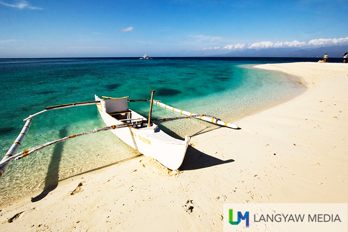 Sumilon's sandbar is just one of three pristine and beautiful beaches around the island