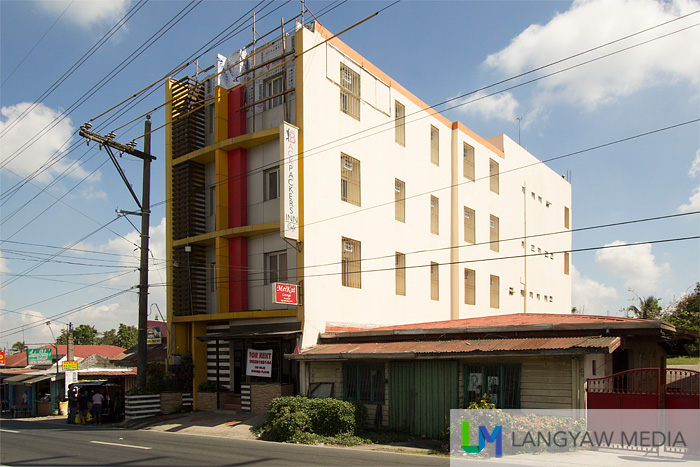 D-Zone Backpackers Inn along Aguinaldo Highway in Silang, Cavite is a good budget option that is just so near Tagaytay City